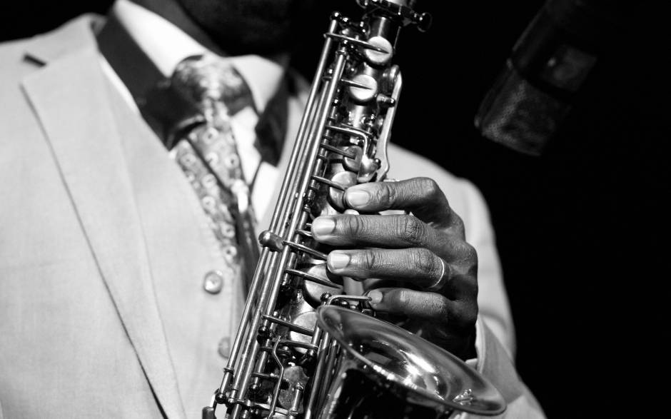 black and white saxophone hands closeup